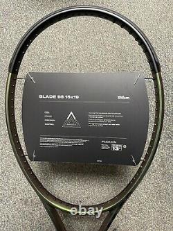 Wilson Blade 98 16x19 v8 4 1/4