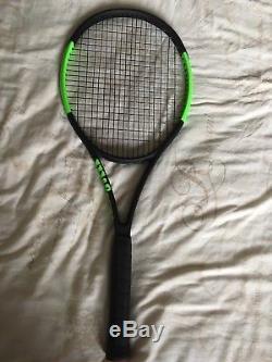 Wilson Blade SW104 Autograph Tennis Racket Grip 3