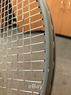 Wilson Clash 100 Tennis Racket Grip 2 295g
