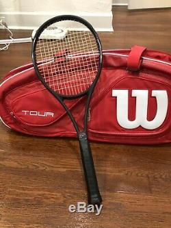 Wilson Pro Staff 97 Autograph Roger Federer 4 3/8 Racket black & Wilson Tour Bag