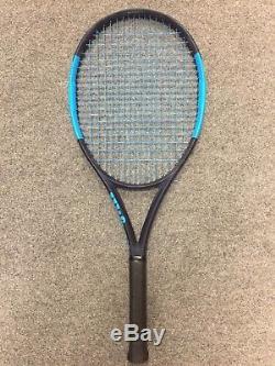 Wilson Ultra 100UL CV STRUNG 4 1/8 (Tennis Racket 257g 9.1oz Countervail Lite)